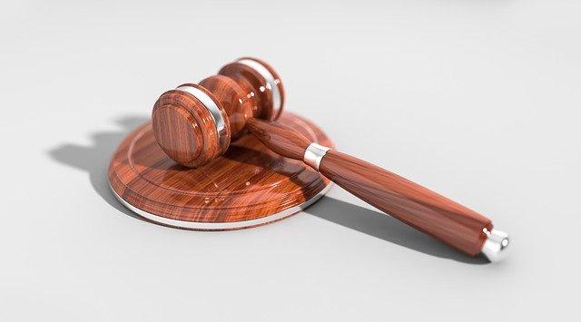 Czego musimy oczekiwać od trafnego adwokata?